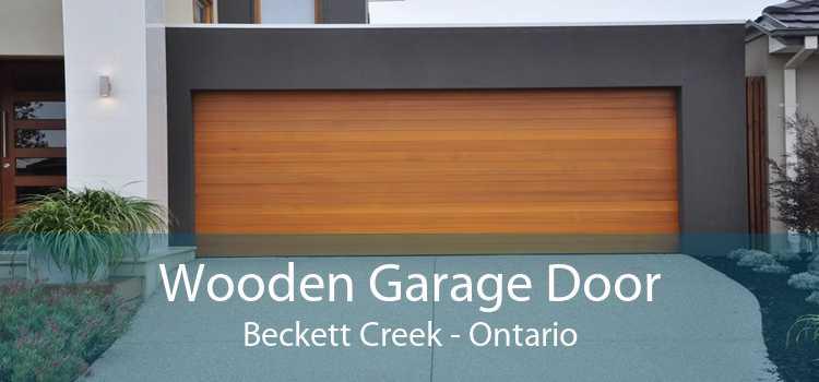 Wooden Garage Door Beckett Creek - Ontario